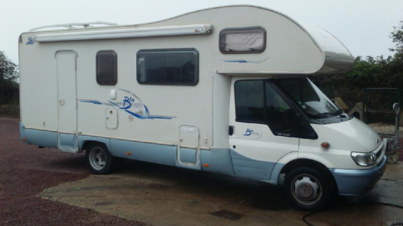 a vendre camping car ford 7 couchages annnonce 131115 sur www parc. Black Bedroom Furniture Sets. Home Design Ideas