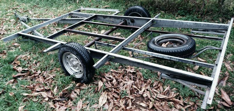 chassis caravane simple essieu pour kart 750kg annnonce 143063 sur www parc. Black Bedroom Furniture Sets. Home Design Ideas