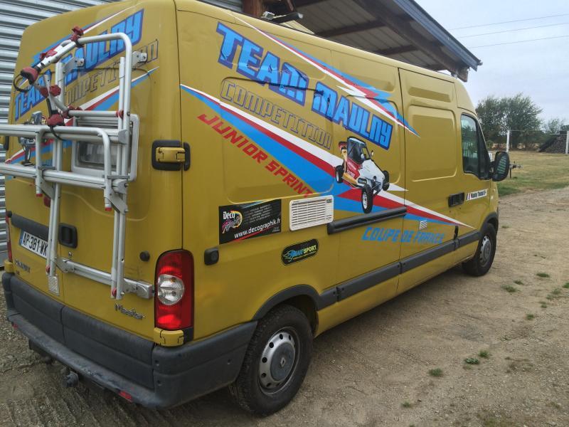 vend camion renault master am nag camping car annnonce 150979 sur www parc. Black Bedroom Furniture Sets. Home Design Ideas